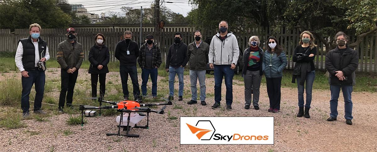 Demonstração de drone pulverizador ao MAPA